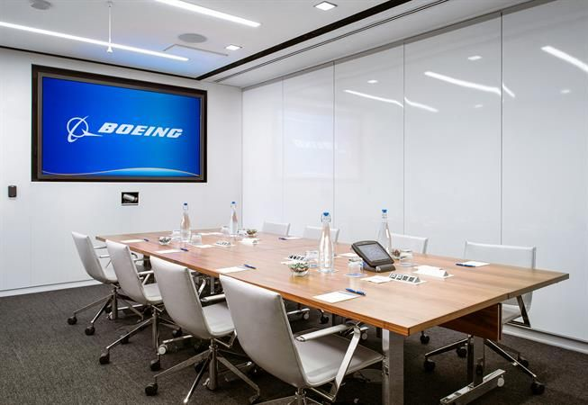 Boeing-Collaboration-Center---Conference-Room