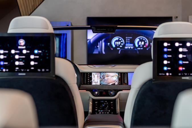 Digital Cockpit - backseat1 Samsung KX
