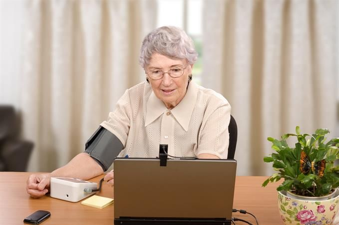 Elderly lady - telemedicine
